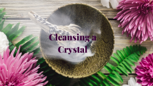 How to cleanse a crystal with white sage smudging